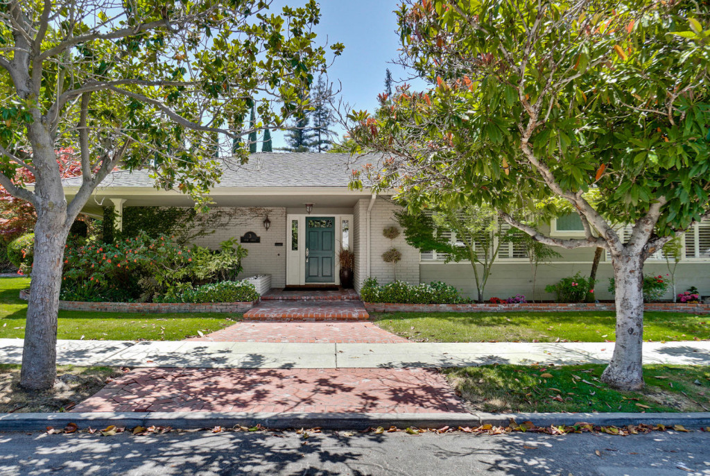 3 Hyde StreeT Redwood City CA-large-005-61-Front-1493x1000-72dpi